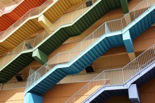 避難階・階段とは|建築基準法を元に設置条件・構造を徹底解説